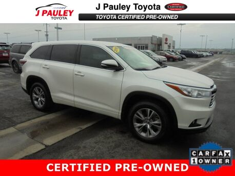 2016_Toyota_Highlander_LE Plus_ Fort Smith AR