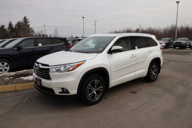 2016 Toyota Highlander XLE Brewer ME