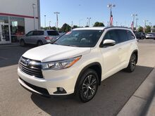2016_Toyota_Highlander_XLE_ Decatur AL