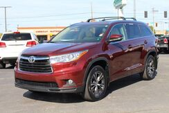 2016_Toyota_Highlander_XLE_ Fort Wayne Auburn and Kendallville IN