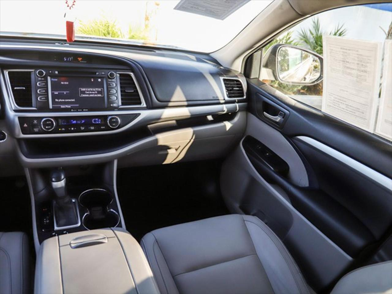 2016 Toyota Highlander XLE North Hills CA