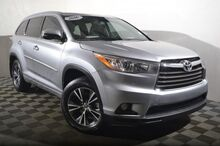 2016_Toyota_Highlander_XLE V6_ Seattle WA