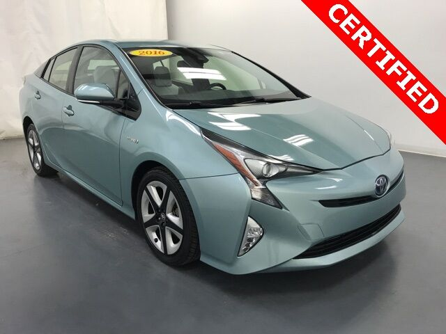 2016 Toyota Prius Three Touring Hybrid Holland MI
