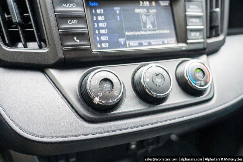 2016 Toyota RAV4 LE AWD Boxborough MA