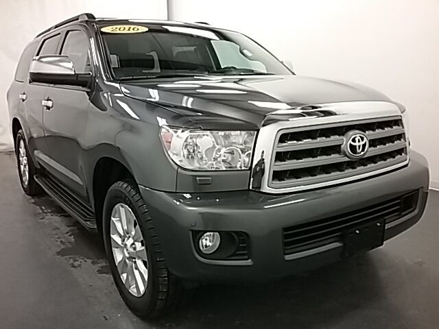 2016 Toyota Sequoia Platinum 4WD Holland MI