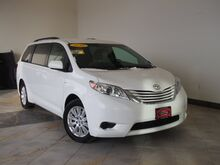 2016_Toyota_Sienna_LE 7-Passenger_ Epping NH