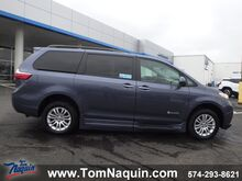 2016_Toyota_Sienna_XLE AAS FWD_ Elkhart IN