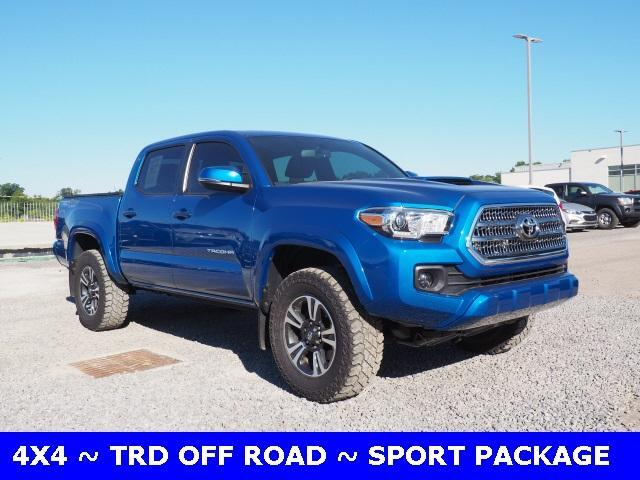2016 Toyota Tacoma 4WD Double Cab V6 MT TRD Sport