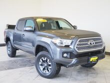2016_Toyota_Tacoma_TRD Offroad V6_ Epping NH