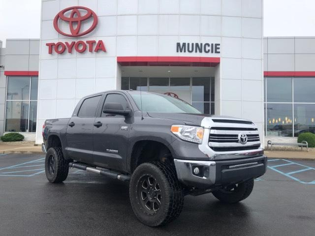 2016 Toyota Tundra 4WD CrewMax 5.7L FFV V8 6-Spd AT SR5 Muncie IN