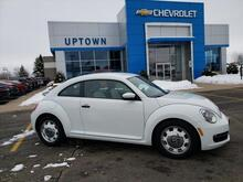 2016_Volkswagen_Beetle_1.8T Classic_ Milwaukee and Slinger WI