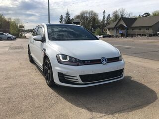 Volkswagen Golf GTI SE w/Performance Pkg 2016