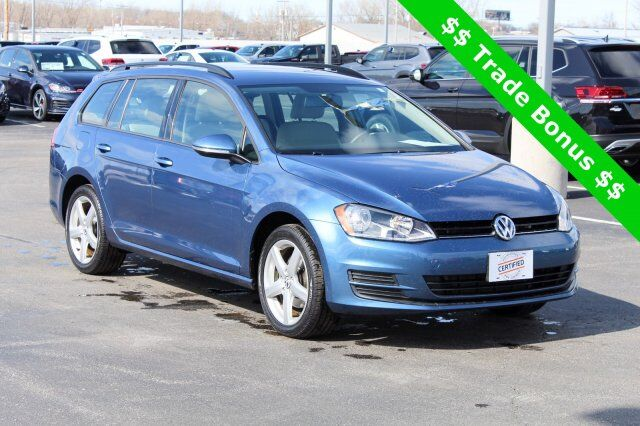 2016 Volkswagen Golf SportWagen  Green Bay WI