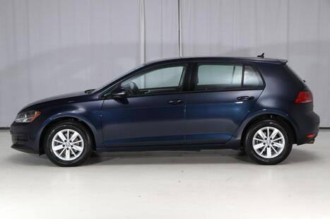 2016_Volkswagen_Golf_TSI S_ West Chester PA
