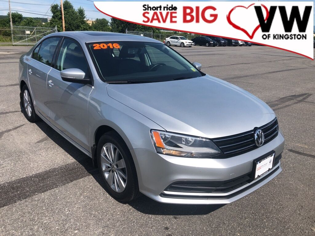 2016_Volkswagen_Jetta_1.4T SE_ Kingston NY