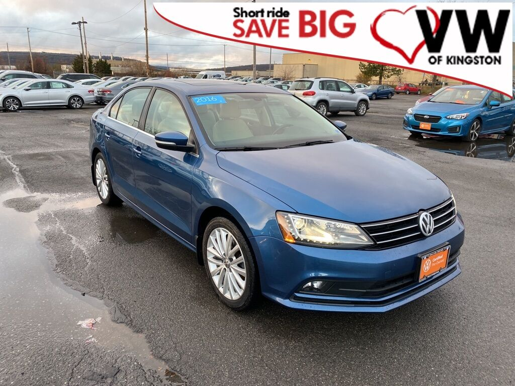 2016_Volkswagen_Jetta_1.8T SEL_ Kingston NY