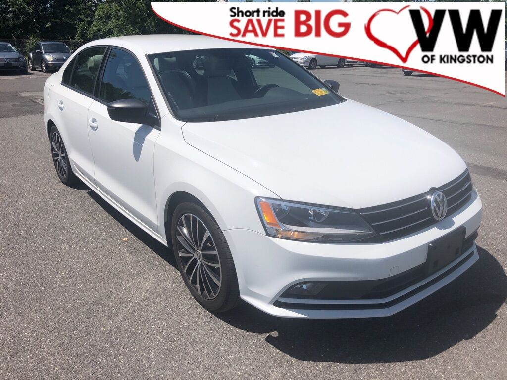 2016_Volkswagen_Jetta_1.8T Sport_ Kingston NY