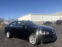 2016_Volkswagen_Jetta Sedan_1.4T SE w/Connectivity_ Old Saybrook CT