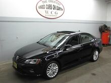 2016_Volkswagen_Jetta Sedan_1.8T SEL_ Holliston MA