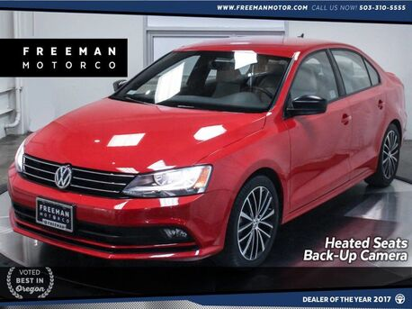 2016_Volkswagen_Jetta Sedan_1.8T Sport Back-Up Camera Navigation Push Start_ Portland OR