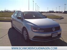 2016_Volkswagen_Jetta w/Tech_1.4T S w/Technology_ Lincoln NE