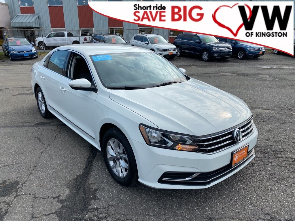 2016_Volkswagen_Passat_1.8T S_ Kingston NY