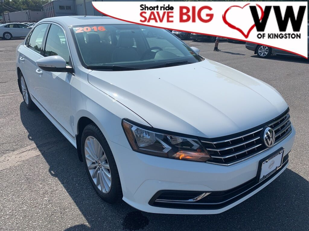 2016_Volkswagen_Passat_1.8T SE_ Kingston NY