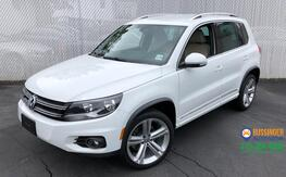 2016_Volkswagen_Tiguan_R-Line - All Wheel Drive_ Feasterville PA