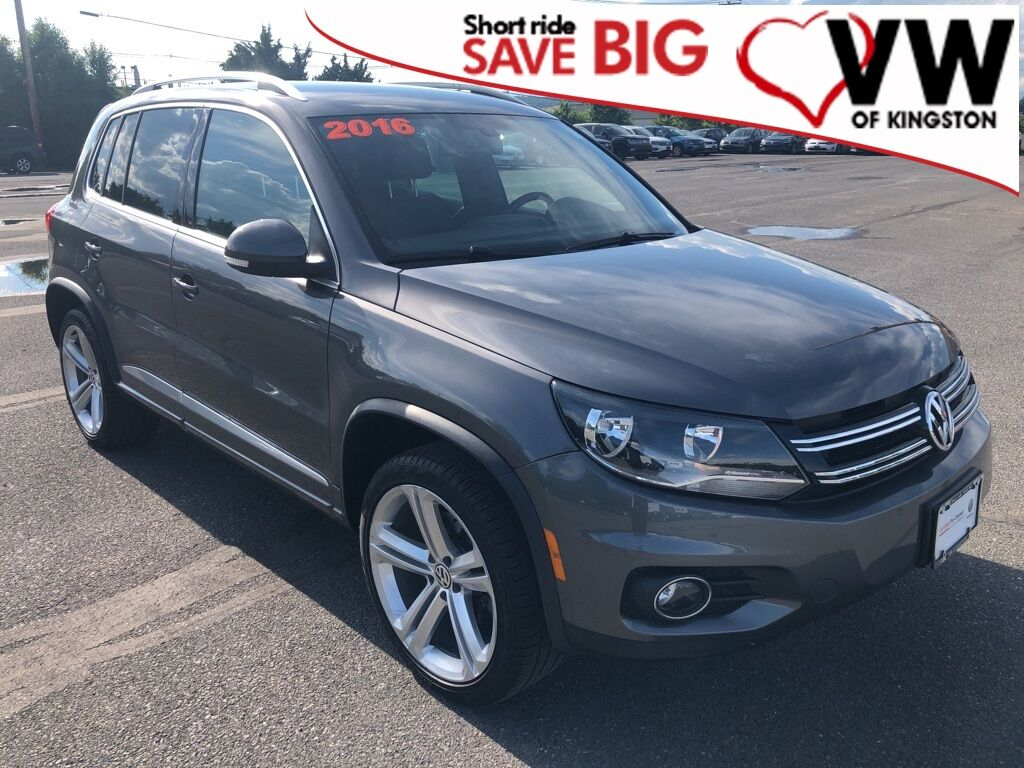 2016_Volkswagen_Tiguan_R-Line 4Motion_ Kingston NY