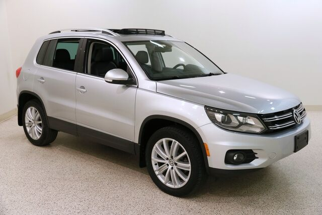 2016 Volkswagen Tiguan SE 4motion W/ Nav and Pano Roof Mentor OH
