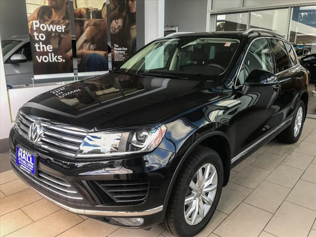 2016 Volkswagen Touareg 4DR V6 SPORT W/TECHNOLOGY Brookfield WI