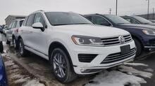 2016_Volkswagen_Touareg_Lux_ Watertown NY