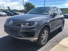 2016_Volkswagen_Touareg_V6 TDI_ Watertown NY