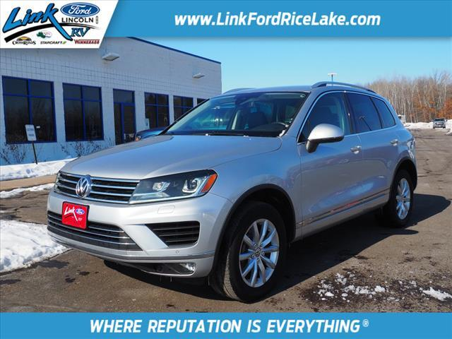2016 Volkswagen Touareg VR6 Sport w/ Technology Rice Lake WI