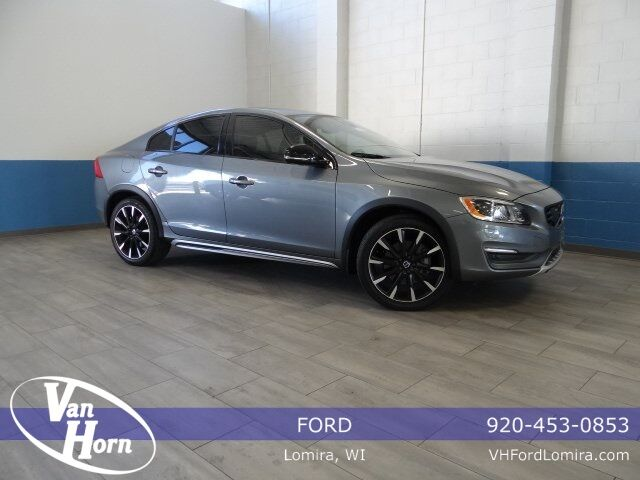 2016 Volvo S60 Cross Country T5 Platinum Plymouth WI