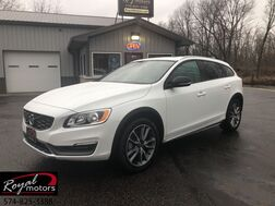2016_Volvo_V60 Cross Country_T5_ Middlebury IN