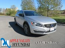 2016_Volvo_V60 Cross Country_T5_ Martinsburg