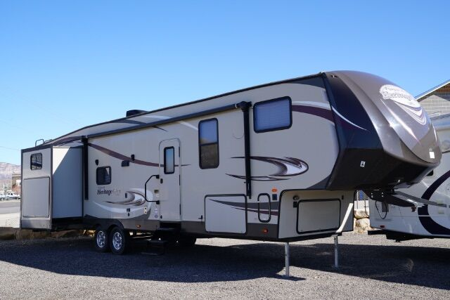 2016 Wildwood Heritage Glen M-356QB Huntington UT
