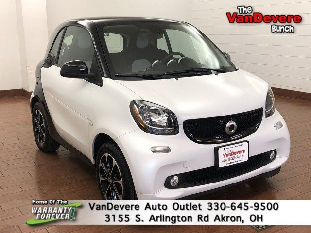 2016 smart fortwo Passion Akron OH