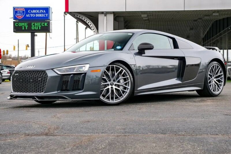 2017 Audi R8 Coupe V10 PLUS AWD w/ Heated Seats & Navigation