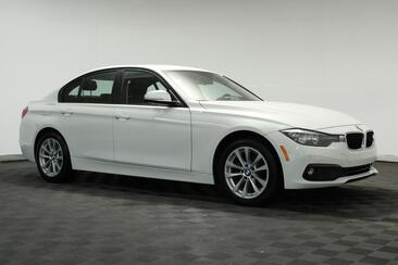 2017_BMW_3 Series_320i Camera,Bluetooth,Parking Assist,HiFi Sound System_ Houston TX