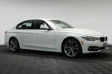 2017_BMW_3 Series_328d Sport,Nav,Camera,Apple Play,Heated Seats,Keyless Go_ Houston TX