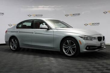2017_BMW_3 Series_330i Nav,Camera,Apple Play,Keyless Go,Heated Seats_ Houston TX