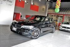 2017 BMW 5 Series 530i xDrive Heated Front Seats Park Distance Control Backup Camera Gesture Control 1 Owner