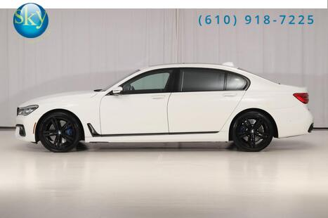 2017_BMW_7 Series AWD_750i xDrive M SPORT REAR SEAT ENTERTAINMENT_ West Chester PA