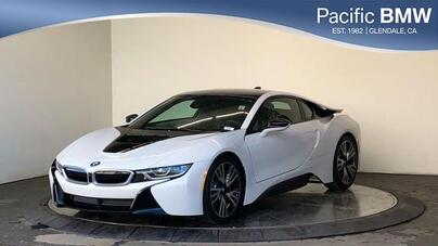 2017_BMW_i8_Coupe_ Glendale CA