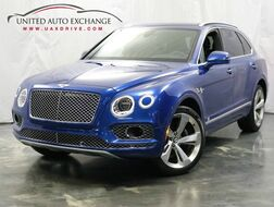 2017_Bentley_Bentayga_W12 / 6.0L 12 Cylinder Engine / AWD / Panoramic Sunroof / Navigation / Bluetooth / Parking Aid with Rear View Camera / Night Vision_ Addison IL