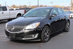 2017_Buick_Regal_Sport Touring_ Fort Wayne Auburn and Kendallville IN