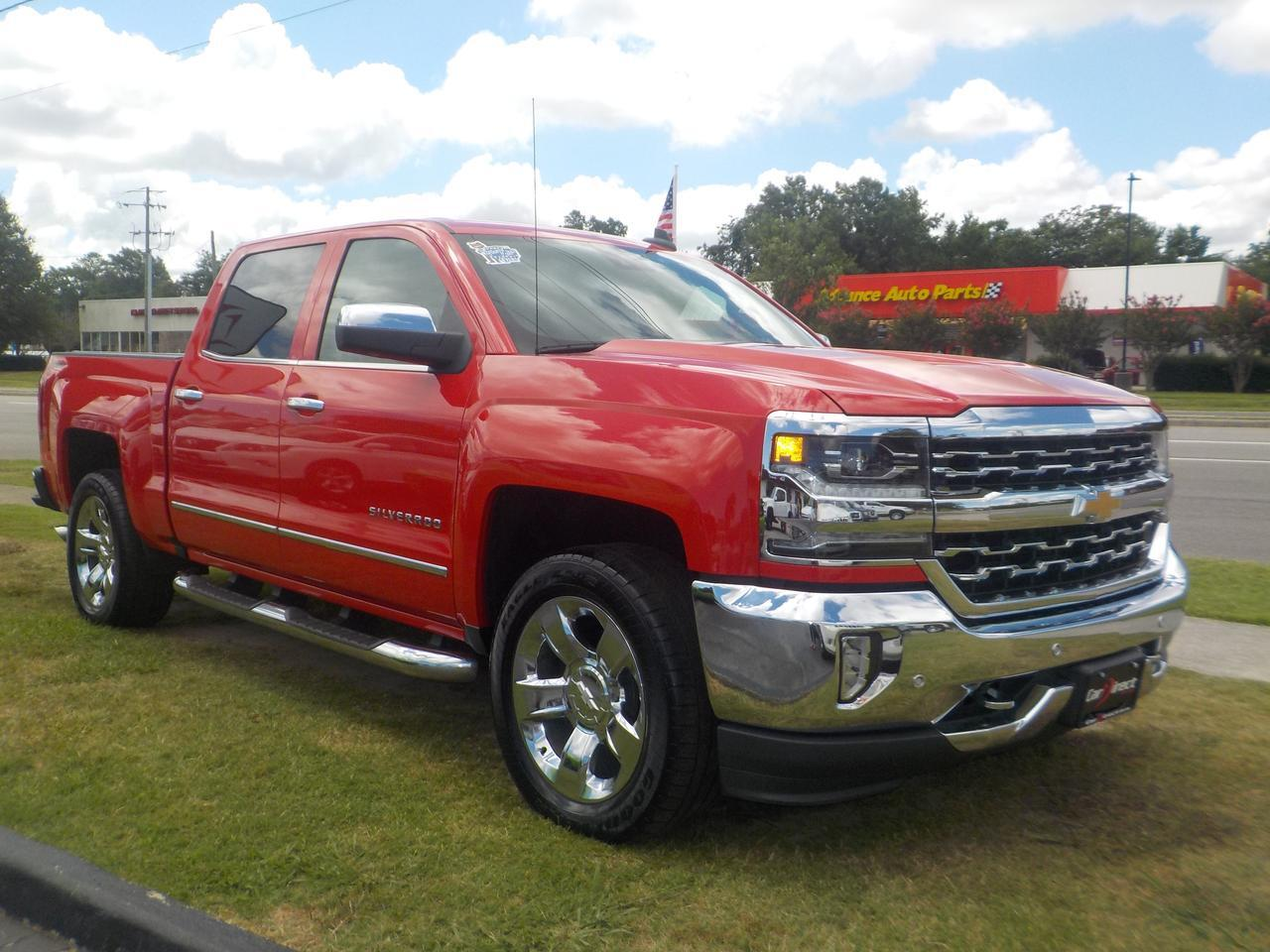 2017 CHEVROLET SILVERADO LTZ CREW CAB 4X4, LEATHER, HEATED/COOLED SEATS, NAV, BLUETOOTH, SUNROOF, BACKUP CAM, 1 OWNER!