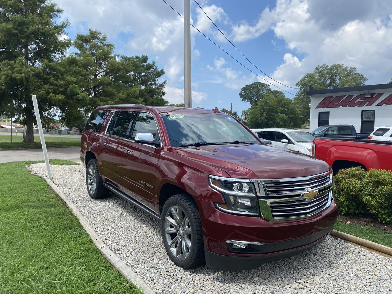 2017 CHEVROLET SUBURBAN PREMIER 4X4, WARRANTY, LEATHER, NAV, 3RD ROW, FULLY LOADED, BACKUP CAM, 1 OWNER, CLEAN CARFAX! Norfolk VA